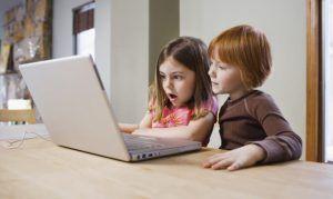 """Upozorenje roditeljima: Djeca dvije trećine vremena """"online"""""""