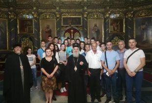 Nevesinjske školarce blagoslovio Patrijarh Irinej
