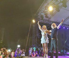 Publika u Trebinju platila karte za Lepu Brenu, pa gledala Rodoljuba Draškovića