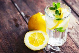 Voda s limunom i maline regulišu hormone